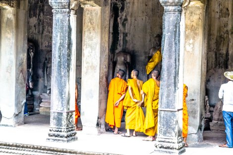 Monks - Angkor Wat